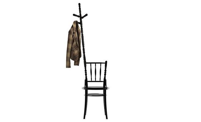 Silla que hace de perchero revista muebles mobiliario for Silla que se hace escalera