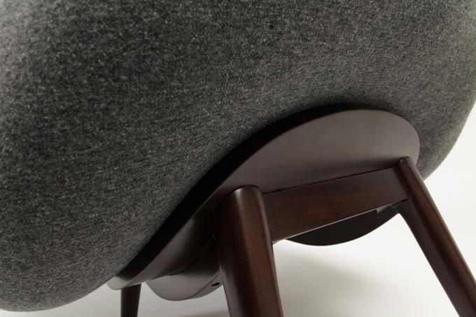 Sillas bajas y comodas12 revista muebles mobiliario de for Sillas bajas