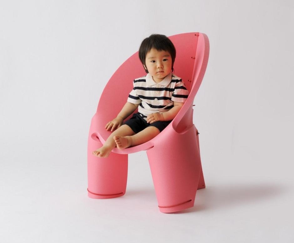 Sillas de colores para ninos revista muebles for Cosevi sillas para ninos 2017