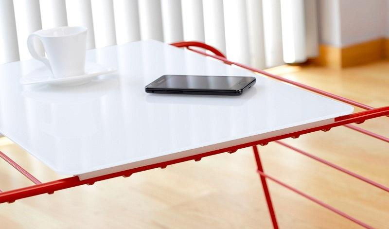 Marc mesa de centro y revistero a la vez revista muebles mobiliario de dise o - Sobre de cristal para mesa ...