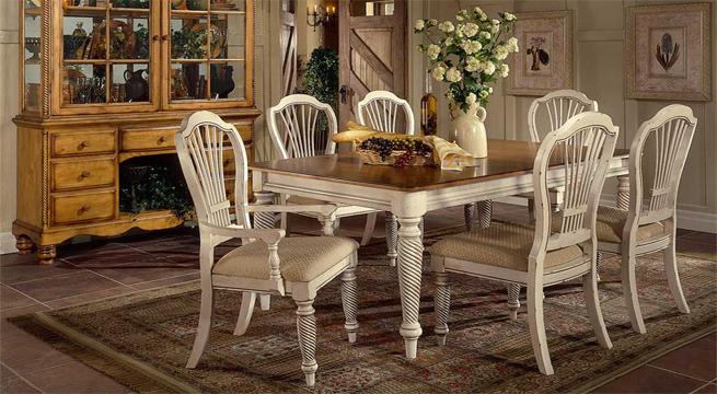 Comedor decapado en blanco revista muebles mobiliario for Comedor blanco y madera