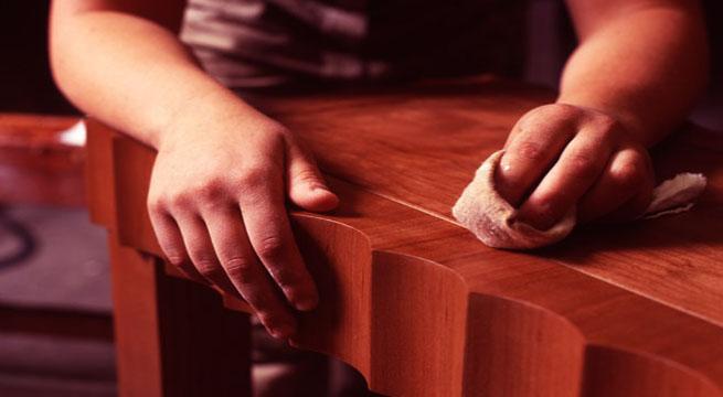 Restaurar un barnizado a mu equilla revista muebles - Restaurar un mueble barnizado ...