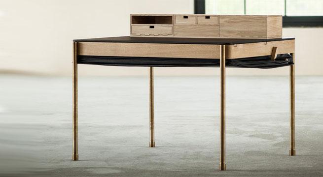 a primera vista este escritorio parece de lo ms simple y corriente adems de tener un diseo muy bsico y sin pero ese extrao ucbultoud