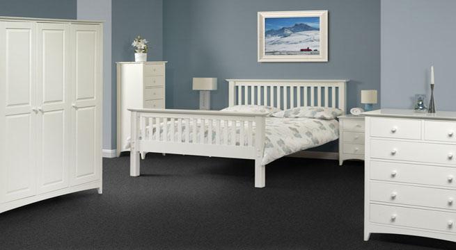 Muebles lacados en blanco xito total revista muebles for Muebles lacados en blanco baratos