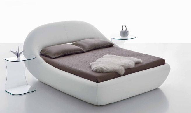 Cama para dormir de un tir n revista muebles for Camas de dormir