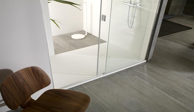 Mamparas para ba os minimalistas revista muebles - Mobiliario de bano de diseno ...