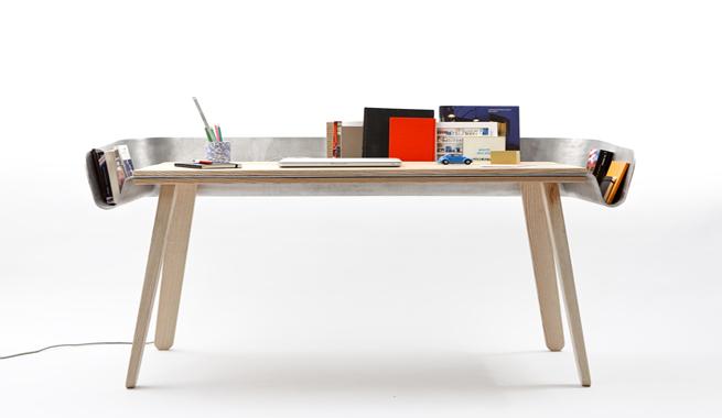 Homework un escritorio minimalista y original revista for Escritorios de oficina minimalista