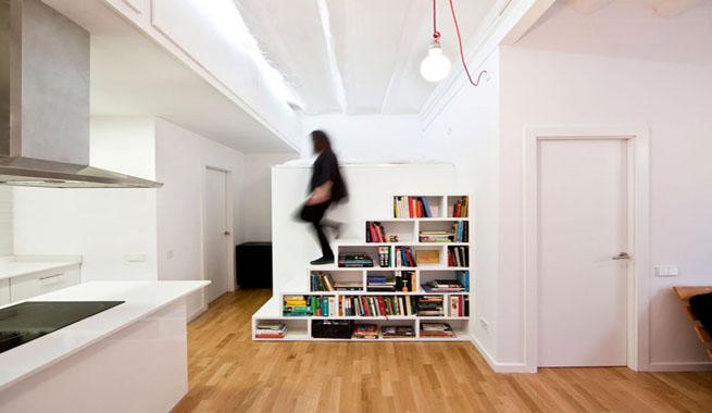 Estanter as escalera que ahorran espacio revista muebles for Muebles bajo escalera ikea