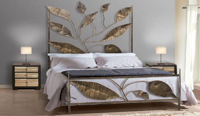 Muebles de forja para el dormitorio - Decoracion forja pared ...
