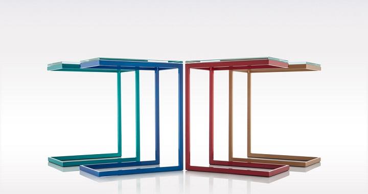 Muebles minimalistas y coloridos
