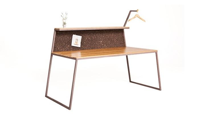 glitch desk 2