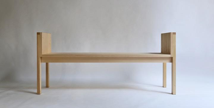Bonitos muebles de madera maciza hechos a mano revista for Muebles bonitos sl