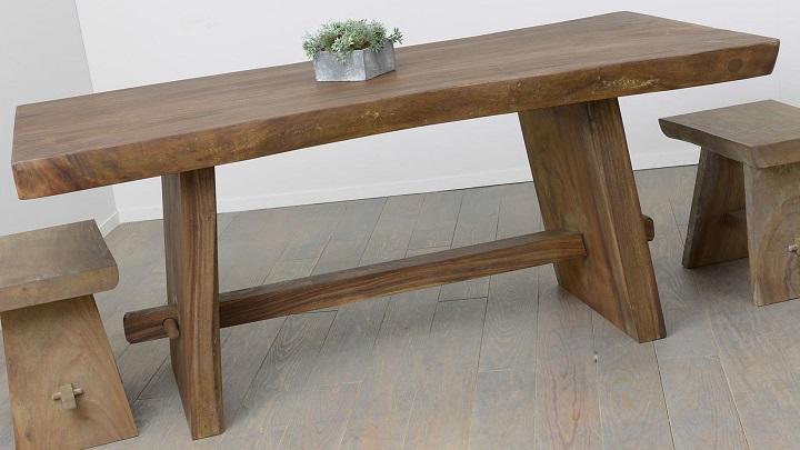 Mesas hechas con troncos de madera revista muebles - Mesas de troncos de madera ...