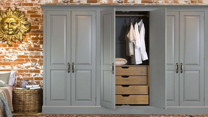 C mo pintar un armario de madera revista muebles for Como preparar una puerta de madera para pintar
