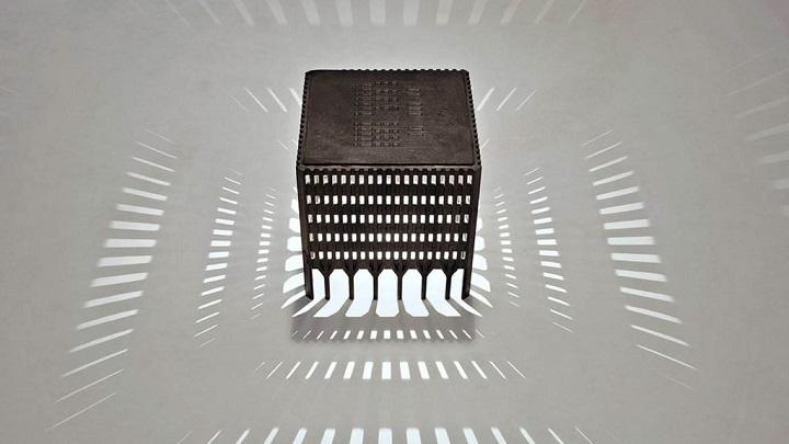 world-trade-center-stool-foto1