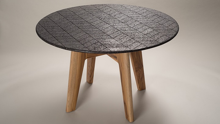 lava-table-foto